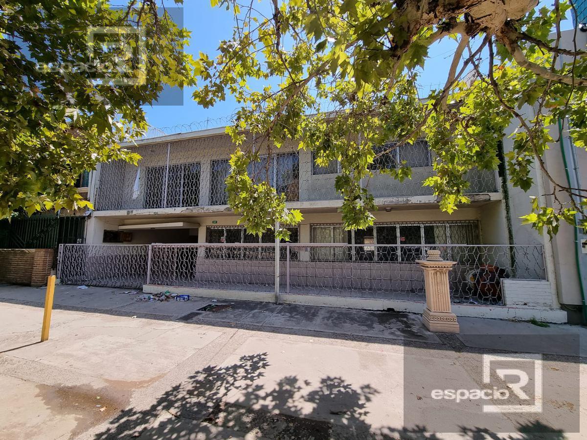 Foto Casa en Venta en  Zona Centro,  Chihuahua  CASA EN VENTA EN EL CENTRO IDEAL PARA OFICINA O LOCAL A PRECIO DE OPORTUNIDAD