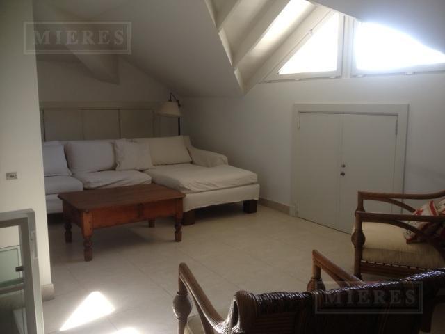 mieres Propiedades - Casa de 300 mts. en Tortugas C.C