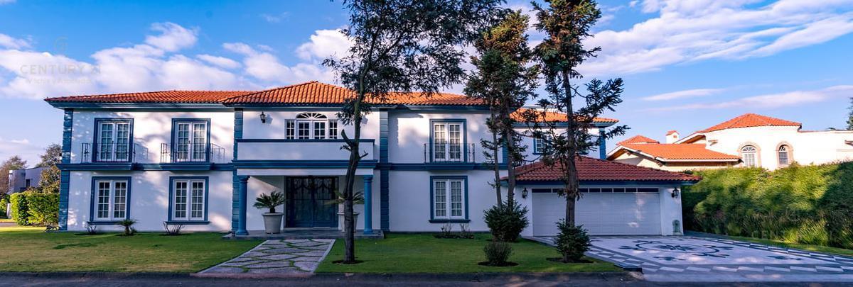 Foto Casa en condominio en Venta en  Club de Golf los Encinos,  Lerma    Magnifica Residencia en Los Encinos,  Calle Abetos