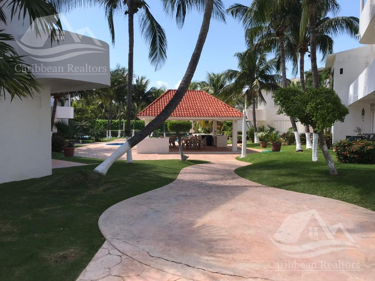 Foto Casa en Renta en  Cancún ,  Quintana Roo  Casa en Renta en  Cancún zona hotelera/ Quintas del Lago