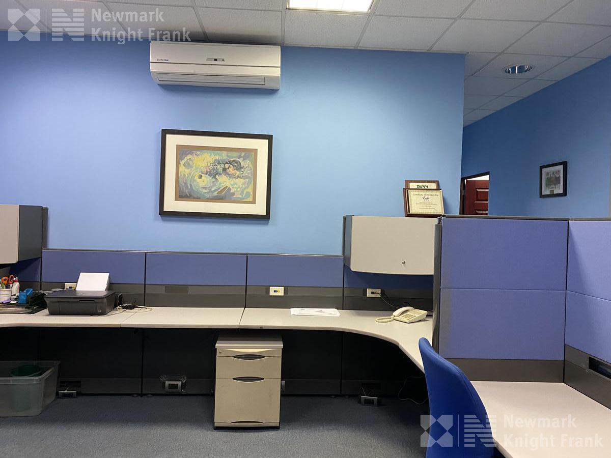 Foto Oficina en Renta en  Escazu ,  San José  Oficina disponible para alquiler en Escazú