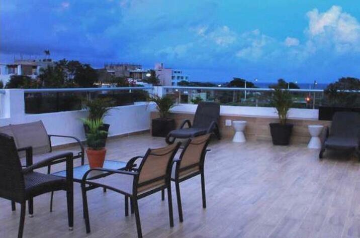 Playa del Carmen Centro Apartment for Rent scene image 3