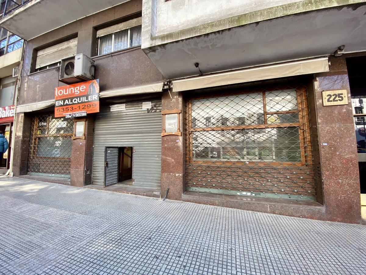 Foto Local en Alquiler en  Monserrat,  Centro (Capital Federal)  Av. Belgrano 233