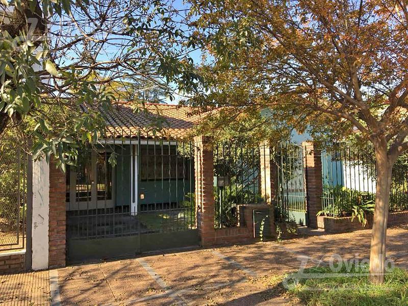 Foto Casa en Venta |  en  Moreno ,  G.B.A. Zona Oeste  Saavedra al 400