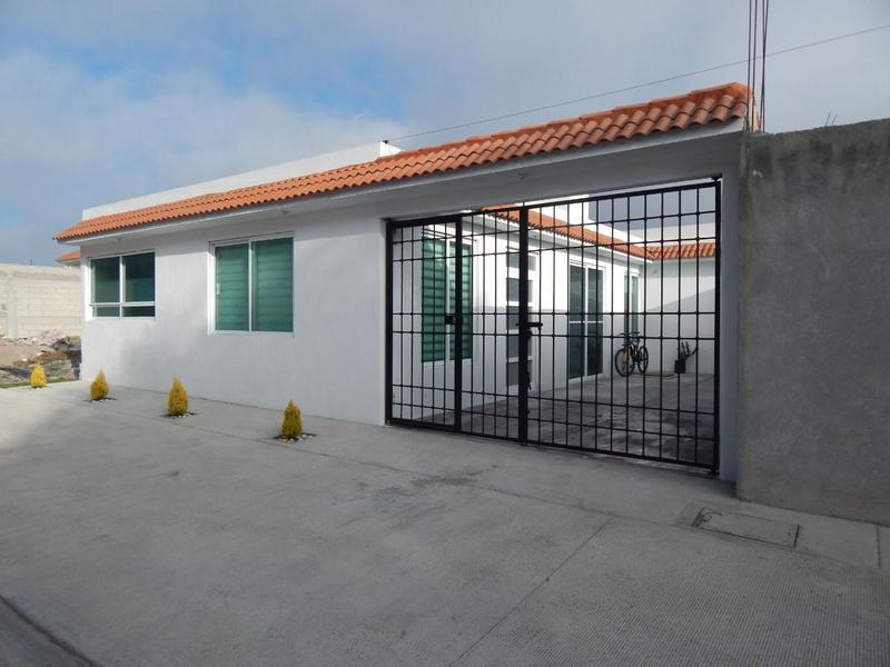 Foto Casa en Venta en  Cacalomacan,  Toluca  CASA EN VENTA DE 1 PLANTA, CACALOMACAN EN PRIVADA, CERCANA  A JINETES