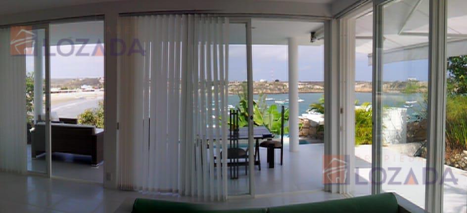 Foto Casa en Venta en  Ayangue,  Santa Elena      Vendo Casa Ayangue  Frente al mar en Ruta del Sol
