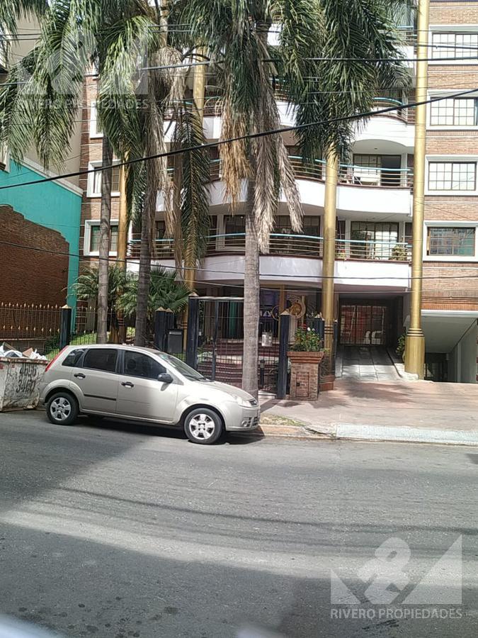 Foto Cochera en Alquiler en  Moron Norte,  Moron  Larralde al 1000