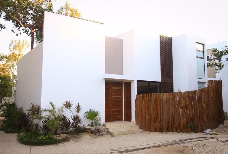Foto Casa en Venta en  Tulum,  Tulum  Venta Townhouse 2 recámaras en Bahía Principe P2006