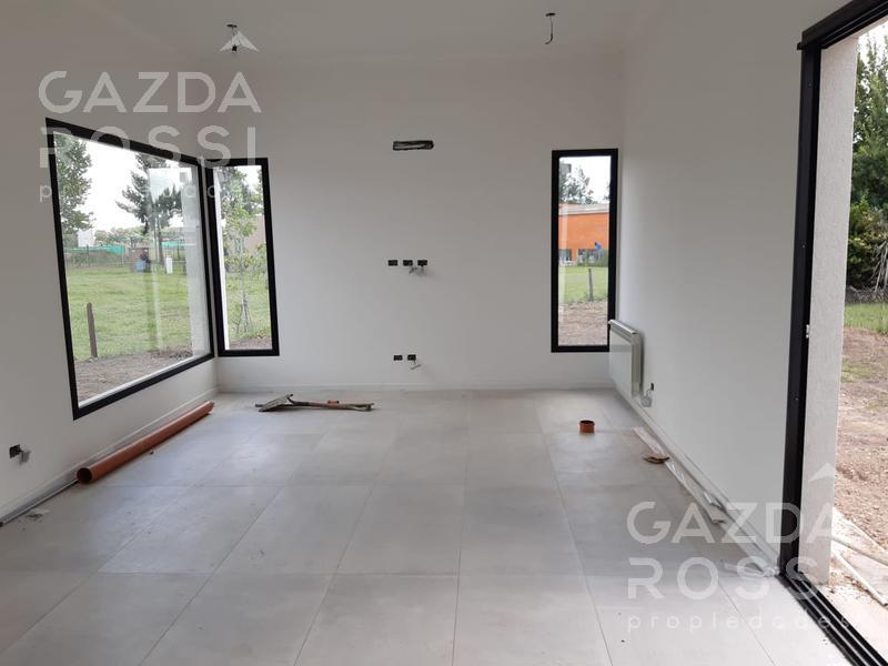 Foto Casa en Venta en  Barrio Don Joaquin,  Countries/B.Cerrado (Ezeiza)  Casa a ESTRENAR en Don Joaquin. IMPECABLE!!! Consultanos