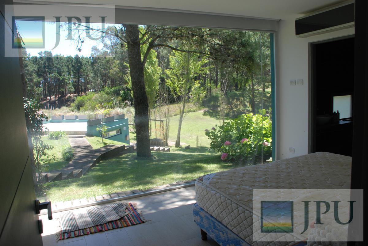Foto Casa en Alquiler temporario en  Costa Esmeralda,  Punta Medanos  Deportiva II al 300
