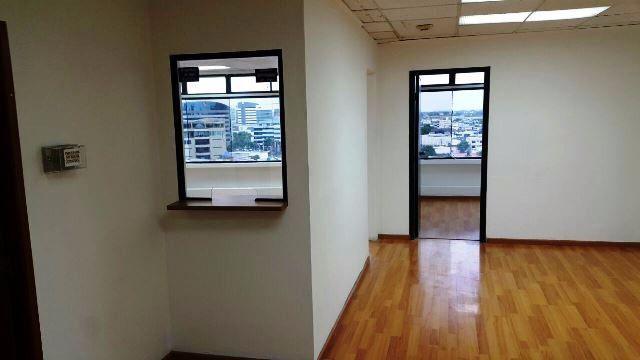 Foto Oficina en Alquiler en  Norte de Guayaquil,  Guayaquil  DE OPORTUNIDAD OFICINA EN AV MIGUEL H ALCIVAR
