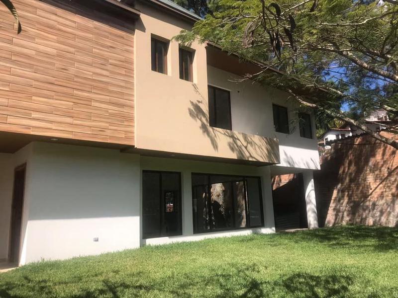 Foto Casa en Venta en  Residencial Santa Lucia,  Santa Lucía  Casa En Renta Santa Lucia Tegucigalpa