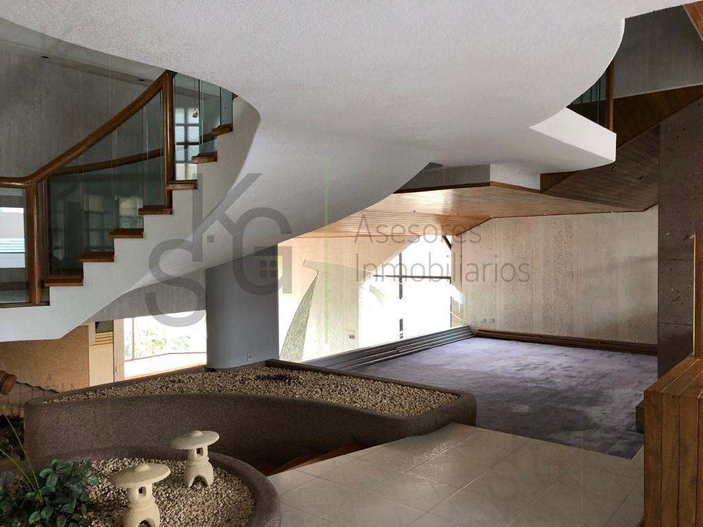 Foto Casa en Venta en  Lomas de La Herradura,  Huixquilucan  SKG Asesores Inmobiliarios Vende Casa en Lomas de la Herradura