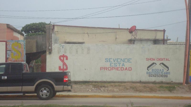 Foto Terreno en Venta en  Playa de Oro,  Coatzacoalcos  Venta de Terreno comercial, Blv. John Spark, Col. Playa de Oro, Coatza