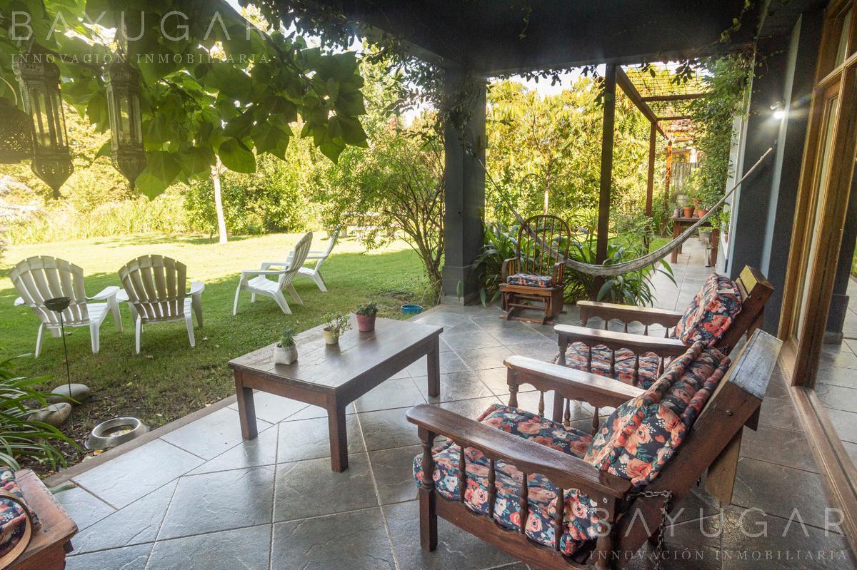 Foto Casa en Venta en  Centauros,  Countries/B.Cerrado (G. Rodriguez)  GRAN PROPIEDAD EN VENTA EN CENTAUROS / BAYUGAR NEGOCIOS INMOBILIARIOS