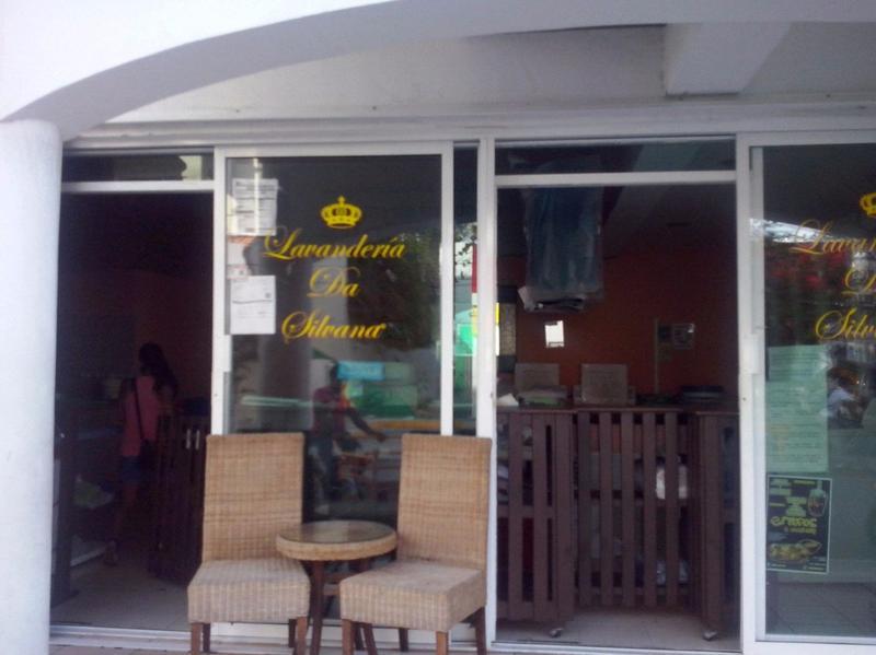 Foto Local en Venta en  Playa del Carmen ,  Quintana Roo  OPORTUNIDAD! SE VENDE LOCAL COMERCIAL EN AV. 20 CENTRO PLAYA DEL CARMEN  P1562