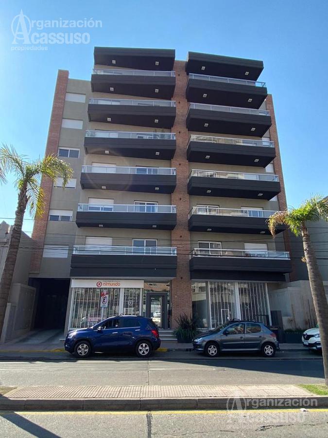 Foto Departamento en Venta en  Ciudad De Tigre,  Tigre  Avda. Cazón al 1100 Tigre Centro