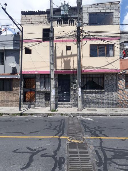 Foto Casa en Venta en  Sur de Quito,  Quito  Casa de Venta Sur de Quito El Calzado