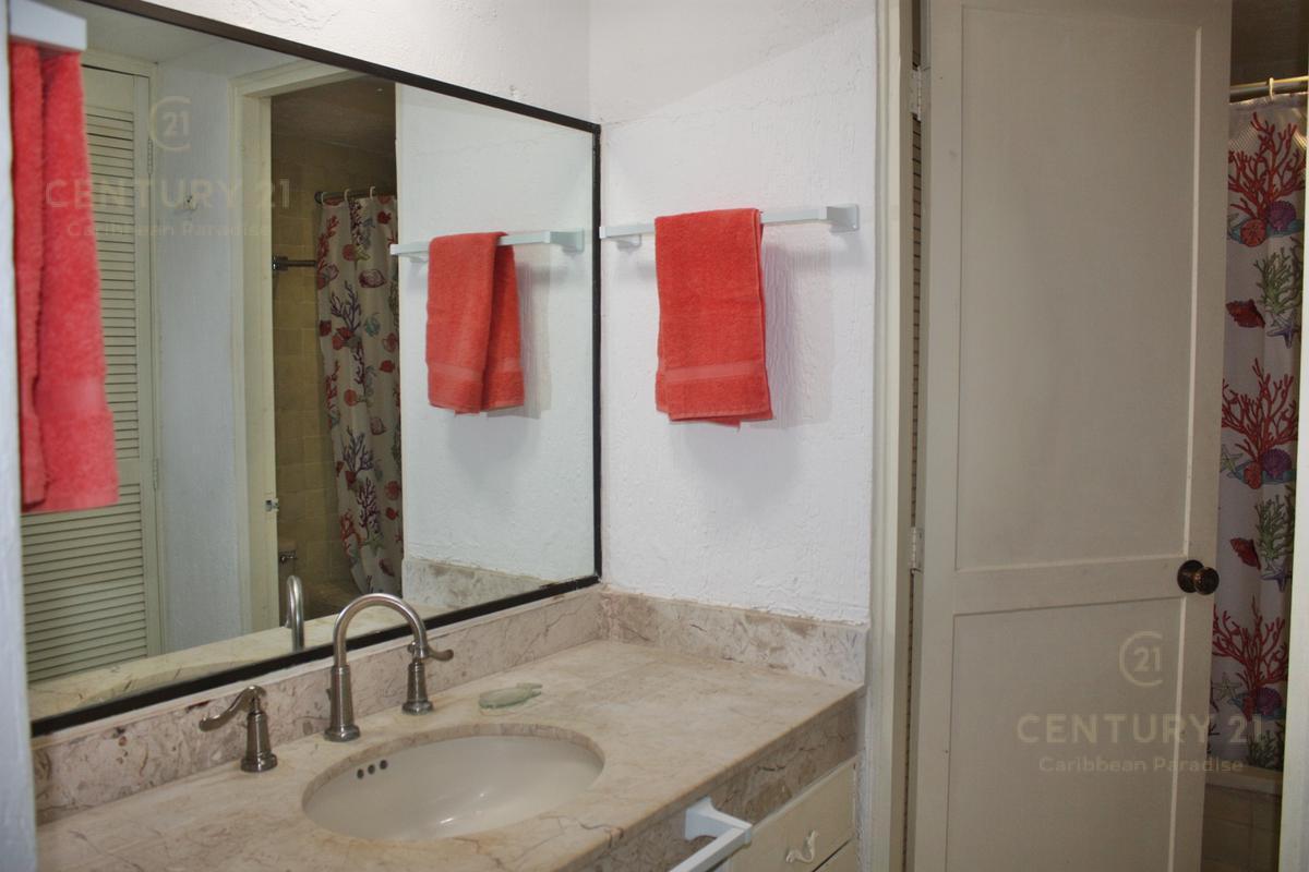 Puerto Juárez Apartment for Sale scene image 11