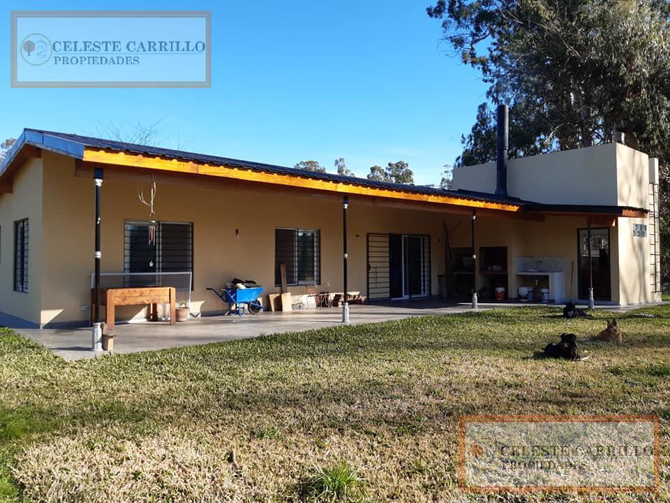 Foto Casa en Venta en  Los Pinos (Pda. Robles),  Parada Robles  Sarmiento al 900