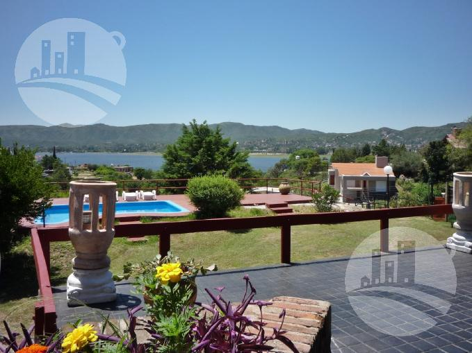 Foto Casa en Venta en  Villa Carlos Paz,  Punilla  CONFIDENCIAL