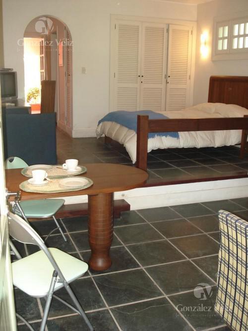 Foto Casa en Alquiler temporario en  El Faro,  Carmelo  el faro