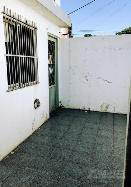 Foto PH en Alquiler en  San Antonio De Padua,  Merlo  Los pinos al 300
