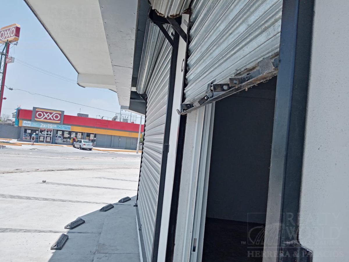 Foto Local en Renta en  El Jaral,  Carmen  PLAZA EL JARAL Local al 600