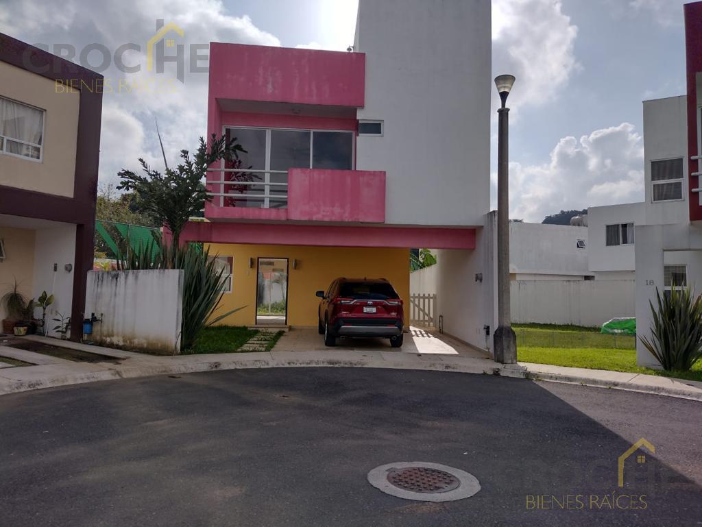 Foto Casa en Renta en  Villa Montaña,  Banderilla  Renta de casa en Villa Montaña, Fraccionamiento Cerrado con vigilancia