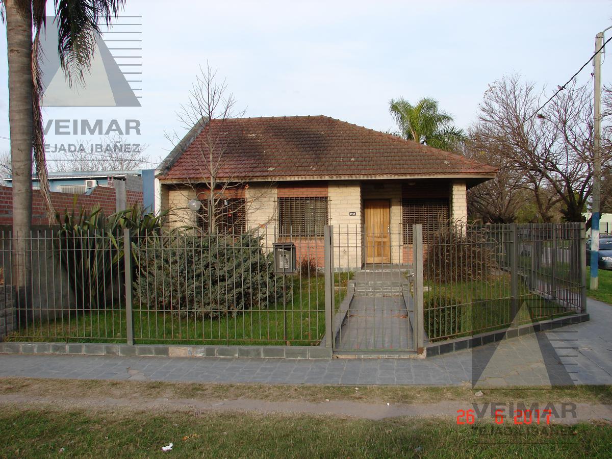 Foto Casa en Venta en  Los Hornos,  La Plata  66 N°: 2.948 ESQ. 154