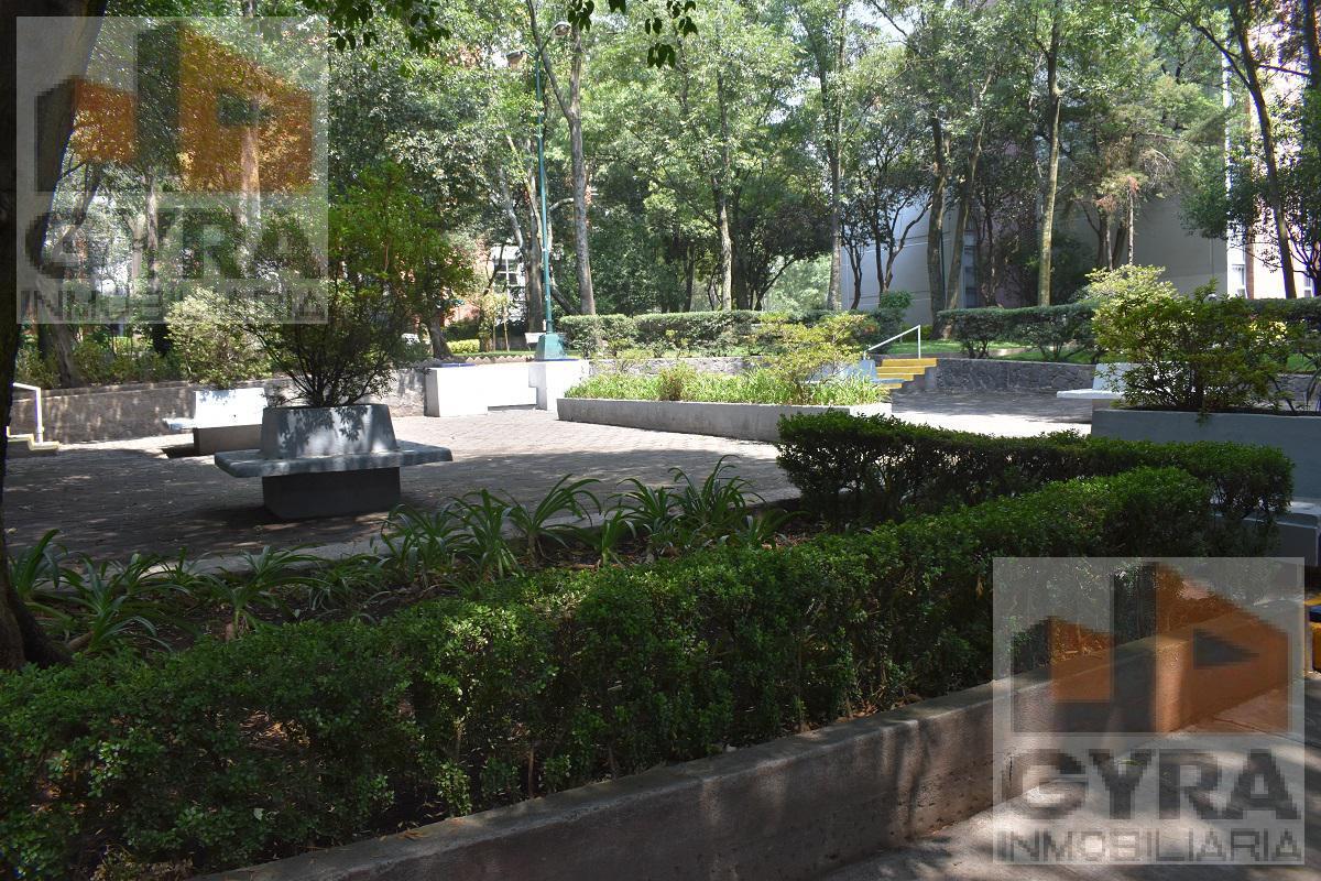 Foto Departamento en Venta en  Tlalpan ,  Distrito Federal  Insurgentes Sur al 3400