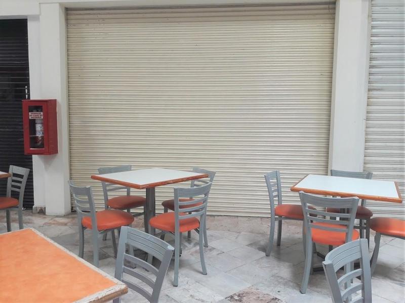 Foto Local en Renta en  El Naranjal,  Tampico  Local Comercial en Renta **Tres Arcos**