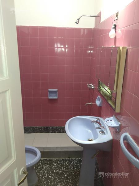 Foto Casa en Venta en  Temperley Este,  Temperley  Vicente Stea 1046