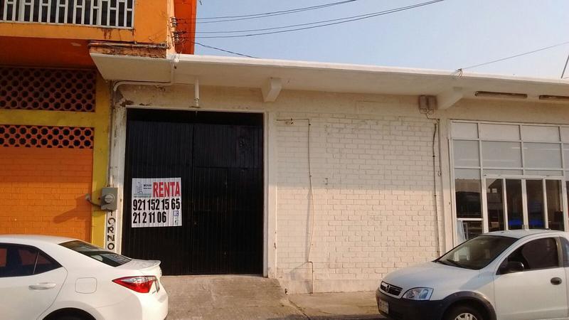 Foto Local en Renta en  Coatzacoalcos Centro,  Coatzacoalcos  Diaz Miron No. 309, entre 16 de septiembre y Venustiano Carranza , zona Centro, Coatzacoalcos, Veracruz