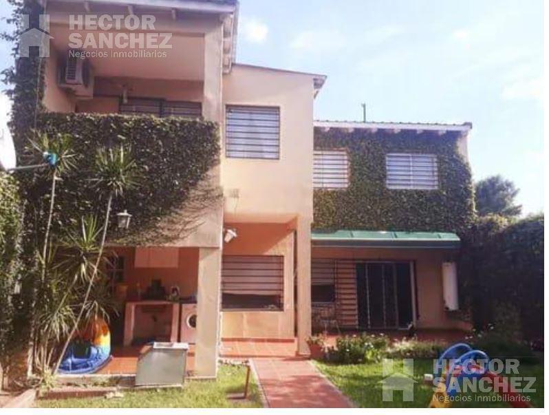 Foto Casa en Venta en  Villa Gobernador Udaondo,  Ituzaingo  Maximo Aguirre al 3900