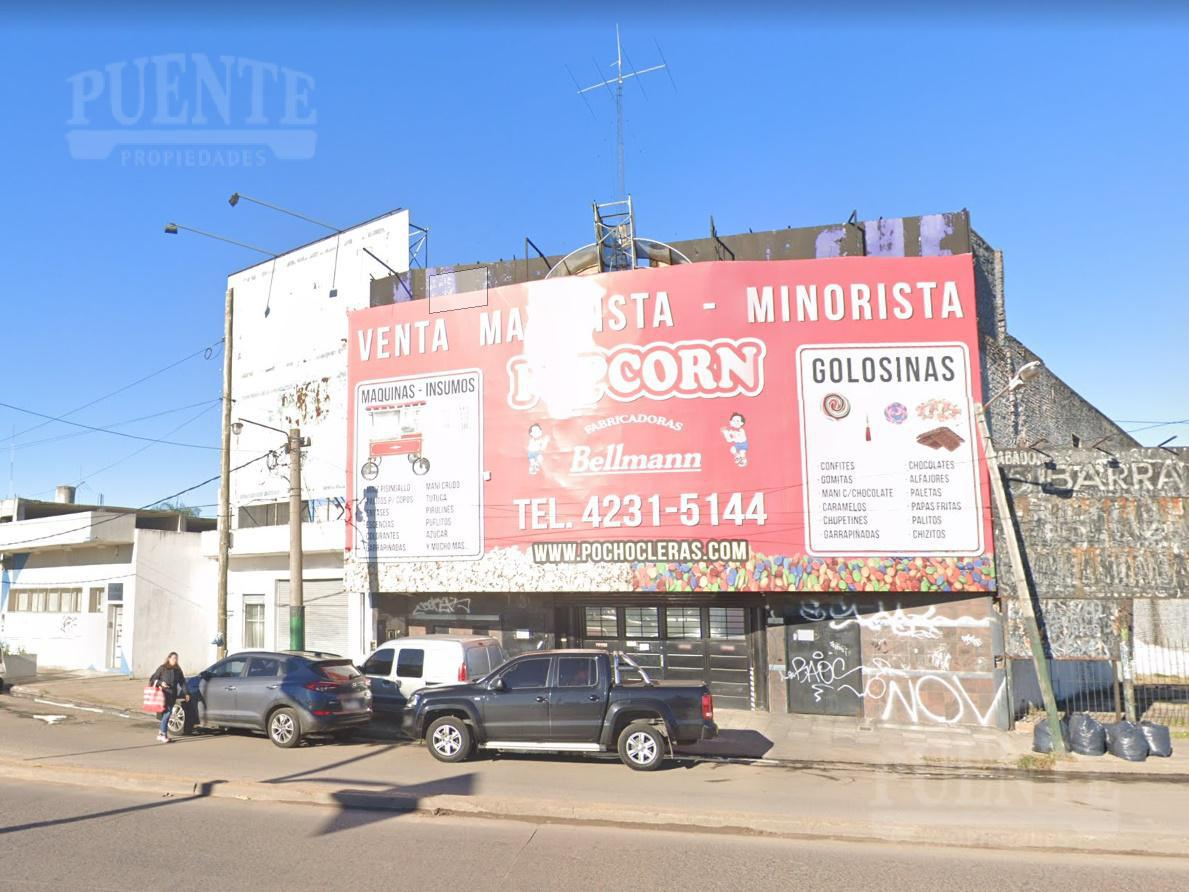 Foto Depósito en Venta en  Lomas de Zamora Oeste,  Lomas De Zamora  Antártida Argentina 2976