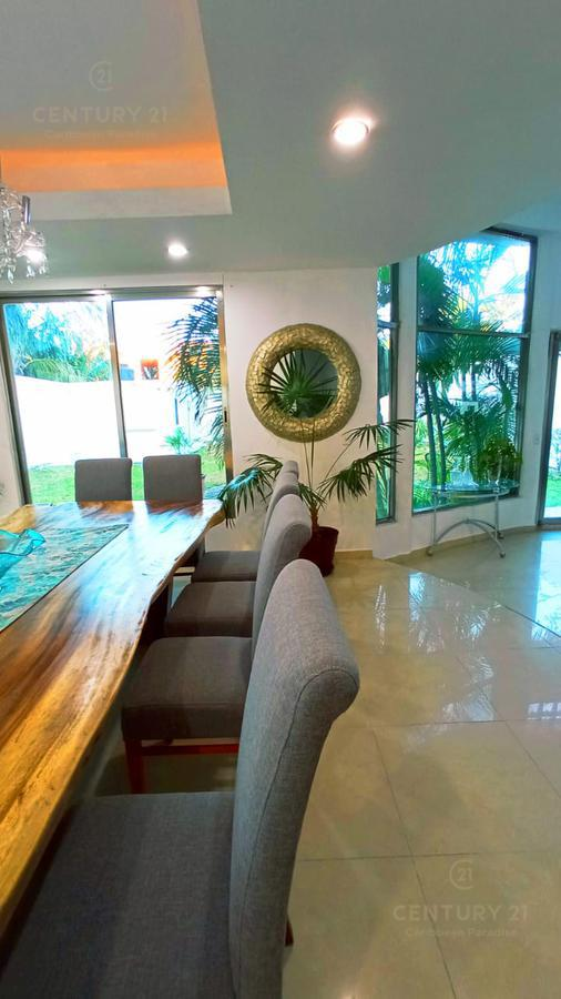 Solidaridad House for Rent scene image 37