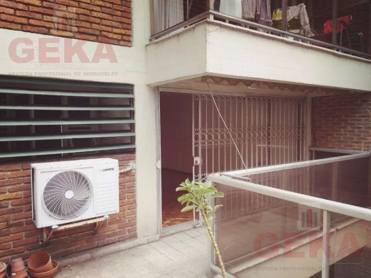 Foto Apartamento en Alquiler en  Punta Carretas ,  Montevideo  21 De Setiembre al 2700