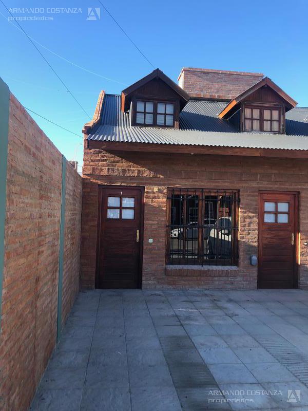 Foto Departamento en Alquiler en  Puerto Madryn,  Biedma  TEHUELCHES 121