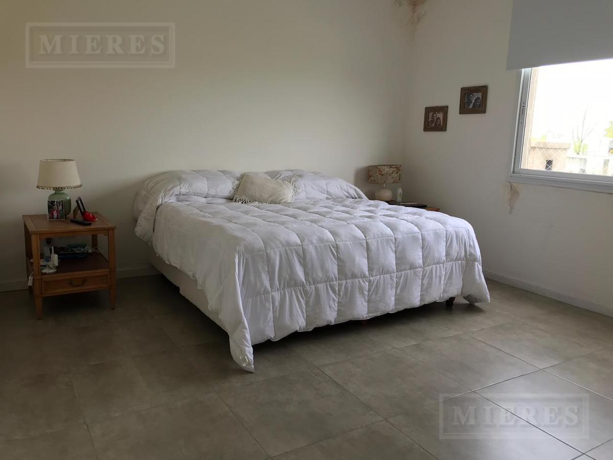 Casa en venta y alquiler en Barbarita