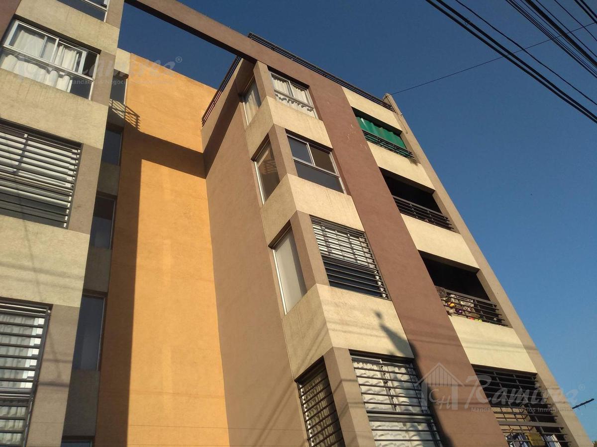 Foto Departamento en Venta en  Moron,  Moron  Juan Jose Valle al 300