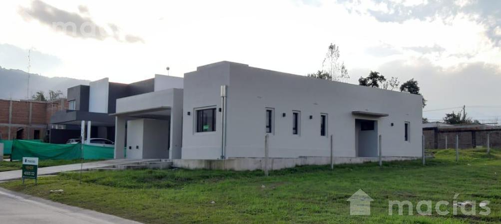 Foto Casa en Venta en  Quinta Azucena,  Countries/B.Cerrado (Yerba Buena)  Quinta azucena