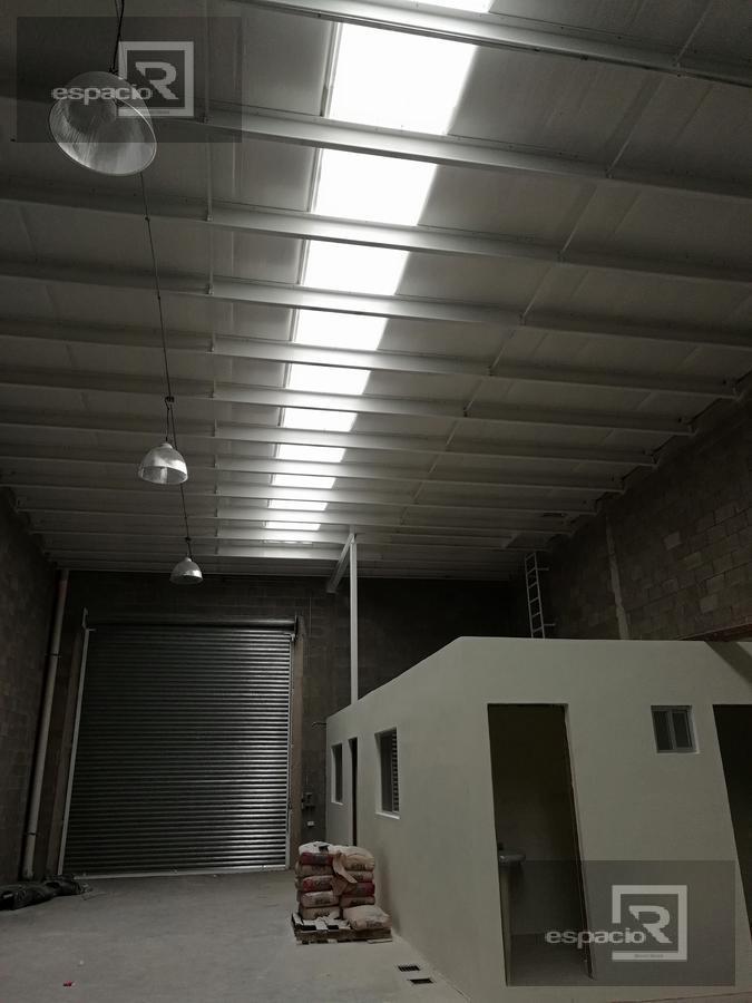 Foto Bodega Industrial en Renta en  Deportistas,  Chihuahua  BODEGA EN RENTA SOBRE AVENIDA TEGNOLOGICO