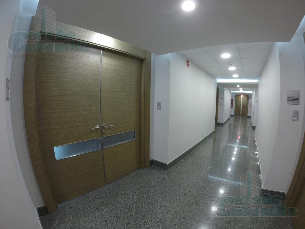Foto Oficina en Venta en  Samborondón,  Guayaquil       VENTA DE  AMPLIA OFICINA VIA SAMBORONDON