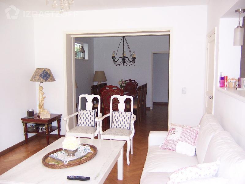 Casa-Alquiler-San Isidro-santa clara 100 e/Alem y Martín y Omar