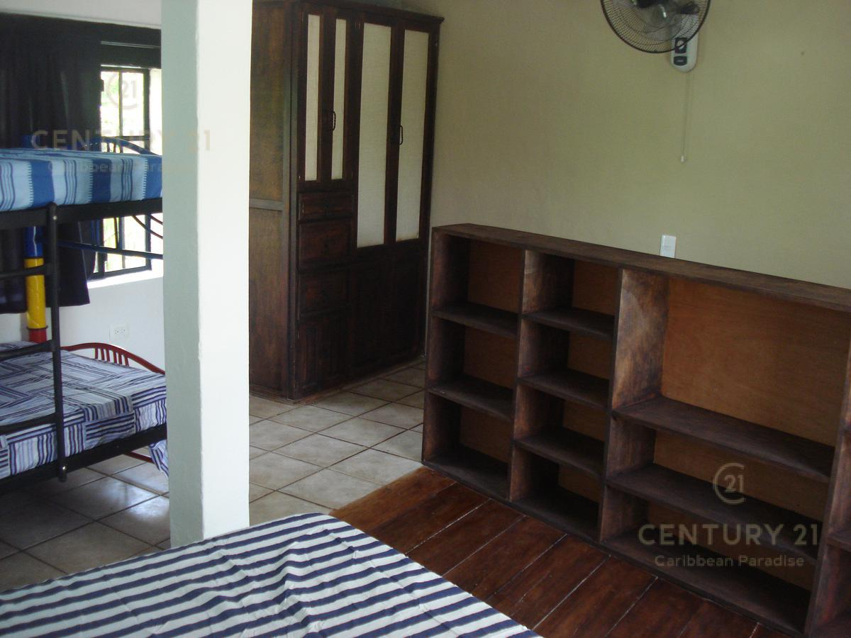 Solidaridad House for Sale scene image 33
