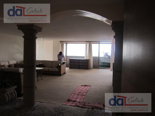"Foto Departamento en Venta en  Lomas de Tecamachalco,  Naucalpan de Juárez  Tecamachalco, ""Torre Manhattan"" Amplio depto con bonita vista, recamara enorme con sala."