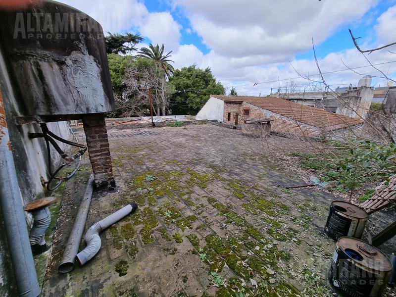 Foto Casa en Venta en  Villa Ballester,  General San Martin  Junín al 3300 entre Belgrano y Aristóbulo del Valle