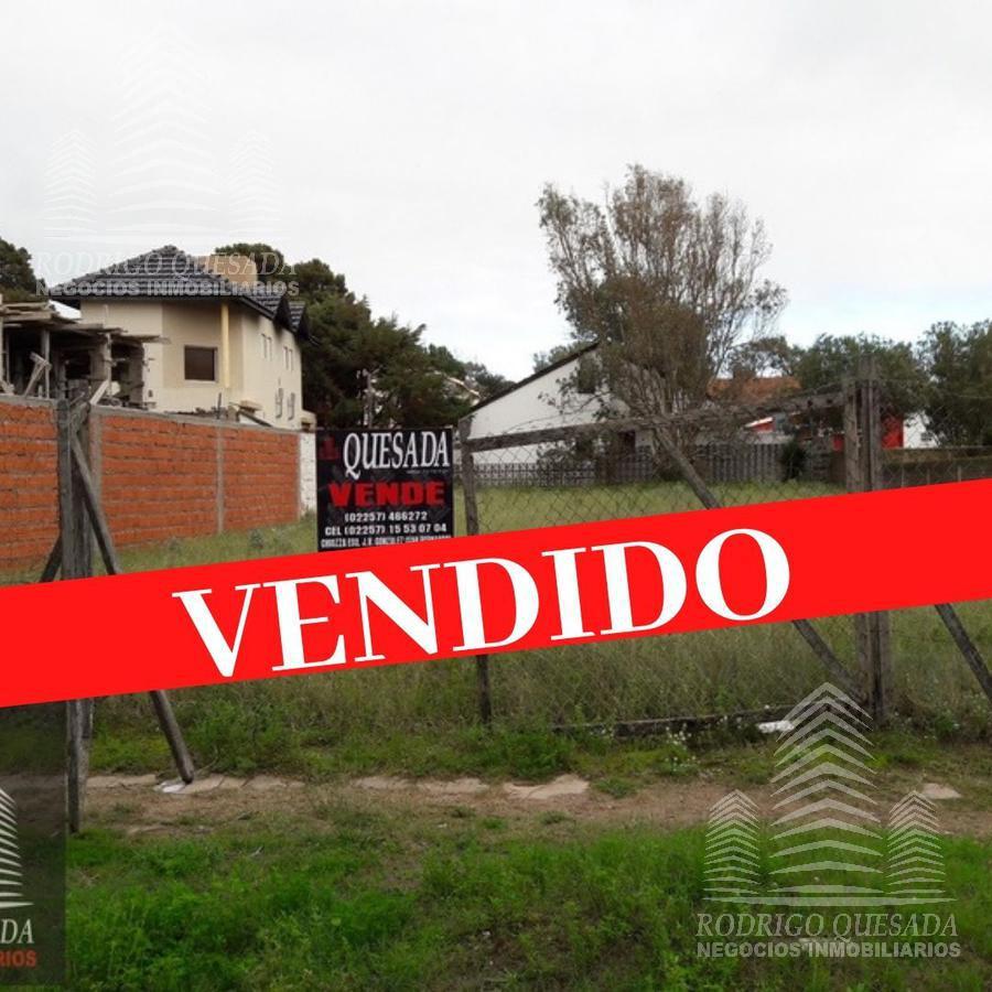 Foto Terreno en Venta en  Mar De Ajo ,  Costa Atlantica  Lote de 15x40 en barrio residencial!!!