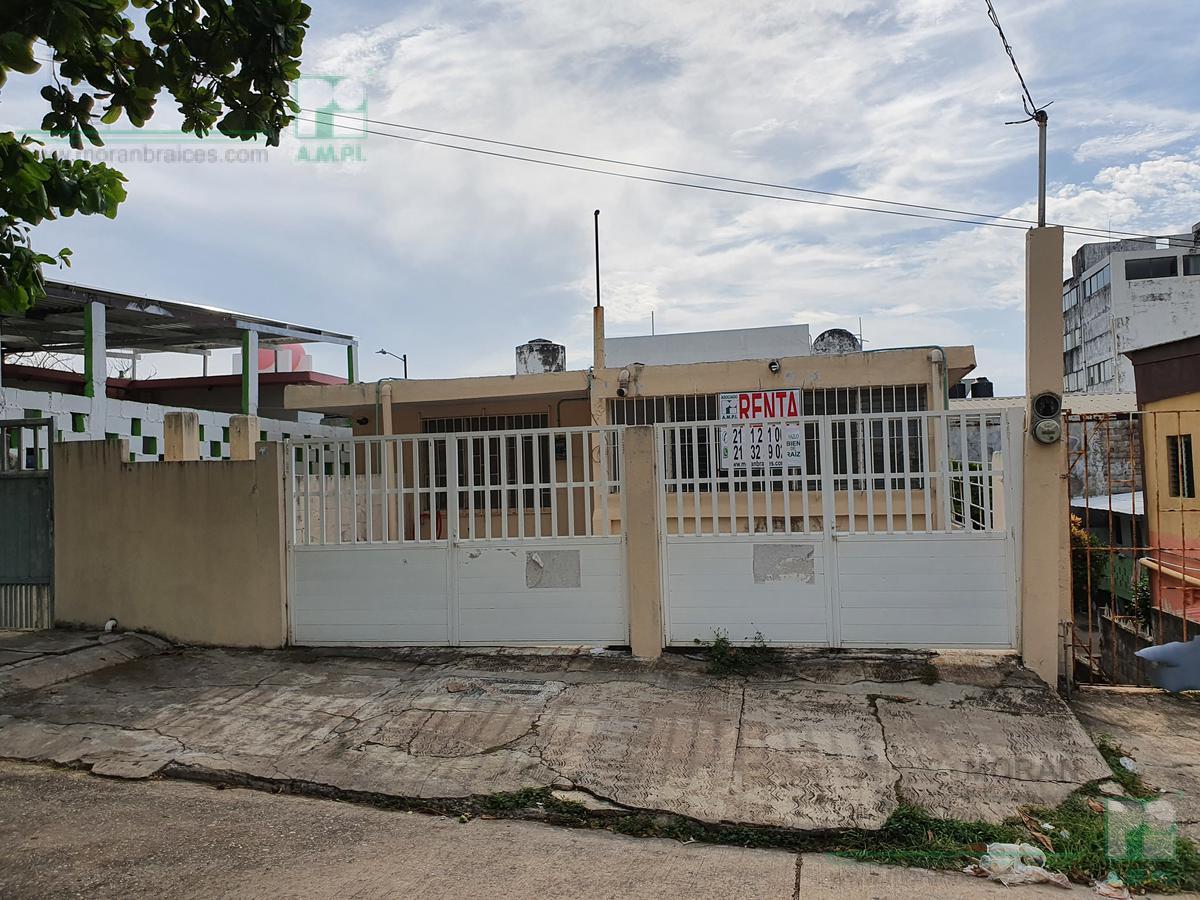 Foto Casa en Renta en  Coatzacoalcos Centro,  Coatzacoalcos  H. Galeana No. 203, zona Centro, Coatzacoalcos, Veracruz.